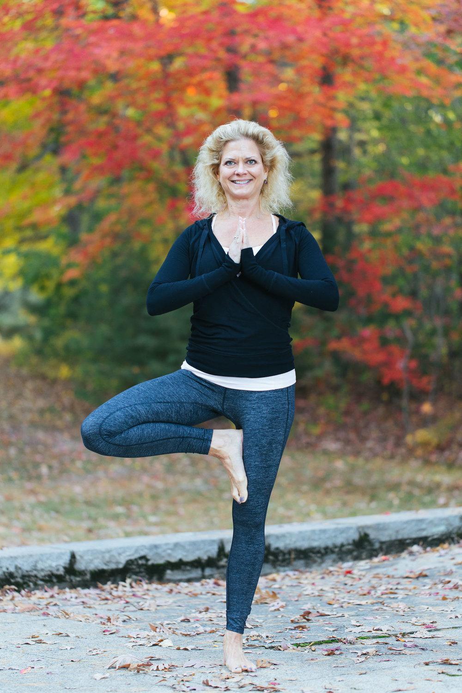 universal-power-yoga-teacher-training-norwood-ma-yoga-photographer-5818.jpg