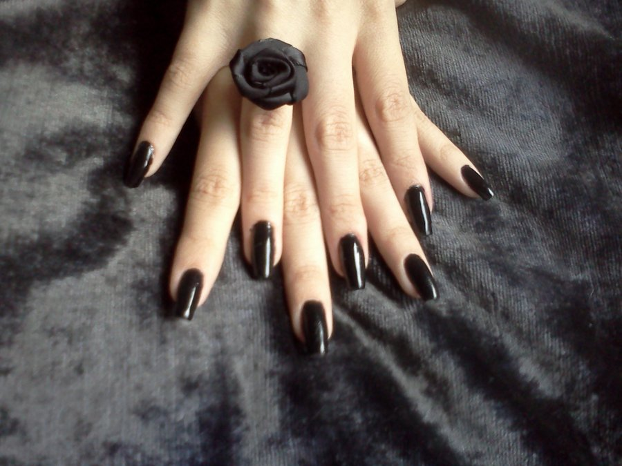 Gothic-Makeup-Ideas-for-Girls-1.jpg