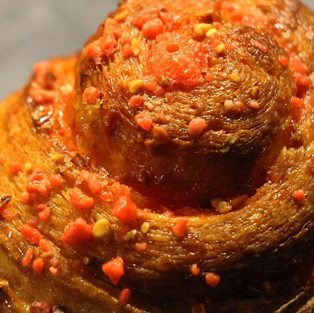 La meilleure Brioche de Paris @lpdr_paris . . . #parisgrammers #igparis #nomnom #feedfeed #forkyeah #forkfeed #buzzfeast #foodpic #foodgawker #foodpics #instayum #foodporn #parisfoodie #foodblogger #buzzfeedfood #bhgfood #f52gram #food52 #eeeeats #homemade #eatingfortheinsta #foodiesofig #foodstyme #foodpassion #foodofparid #foodiechats #foodlife #hungrymate #yougottaeatthis #eatparis