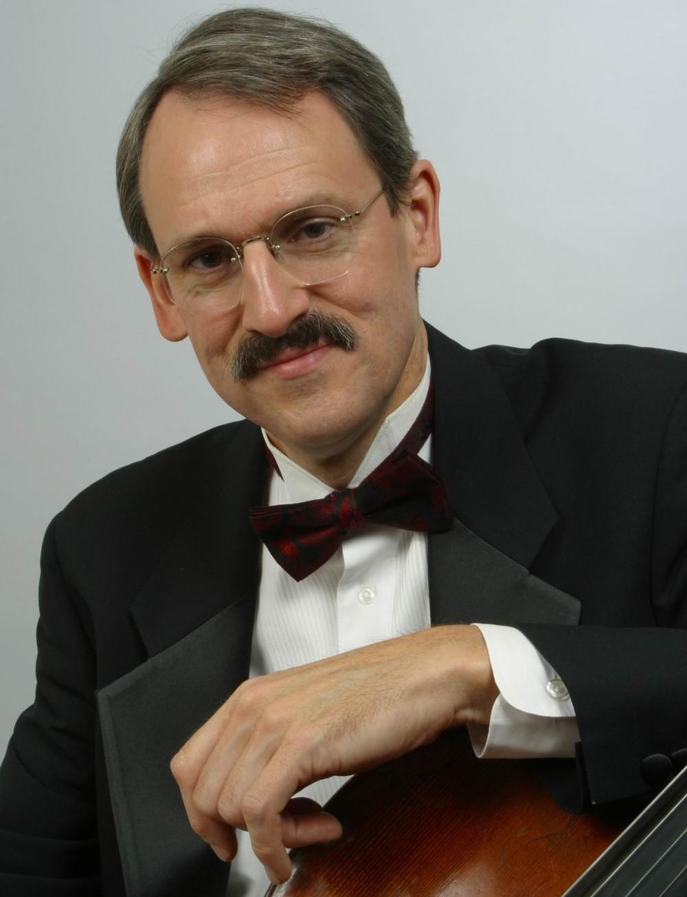Timothy Eddy , Cellist