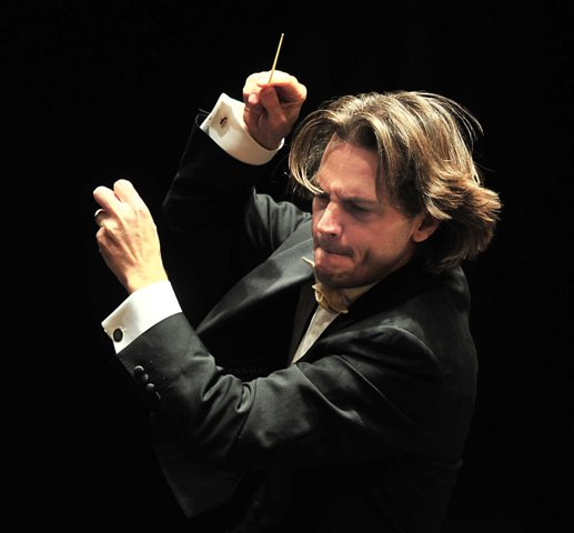 Daniel Meyer , Conductor