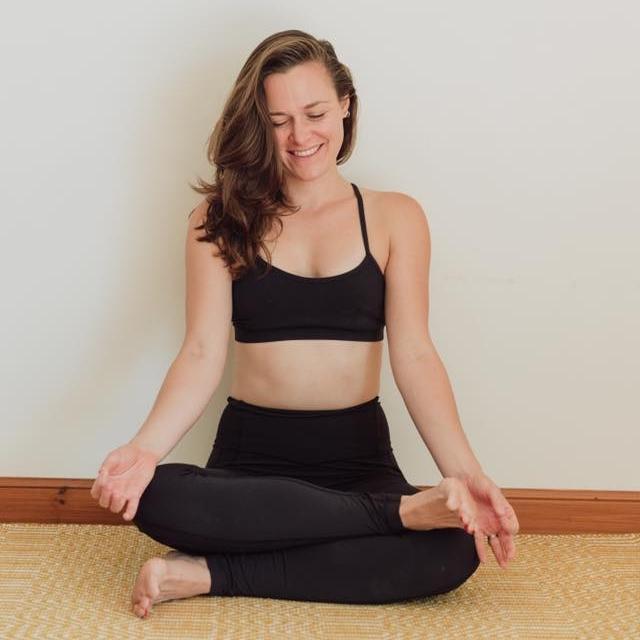 Fern Ross - RYT Vinyasa Flow Instructor |Hatha Yoga Instructor