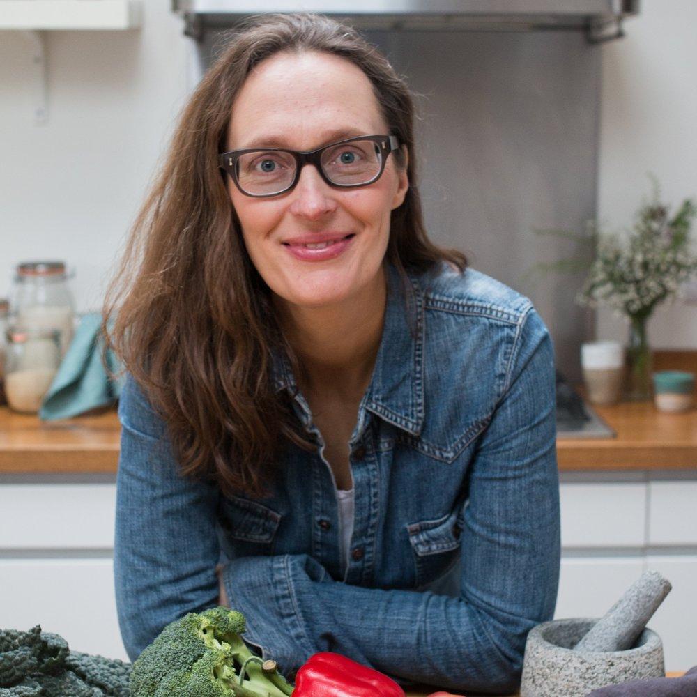 ELISABETH CARLSSON - Nutritional Therapist
