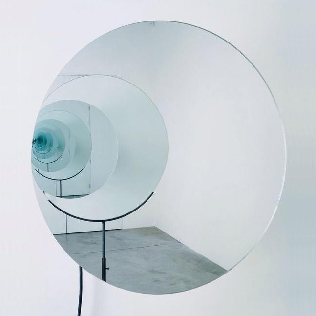 OLAFUR_ELIASSON_circulo espejo arte escultura instalacion.jpg