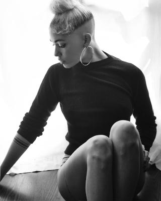 Stella NYLON.jpg