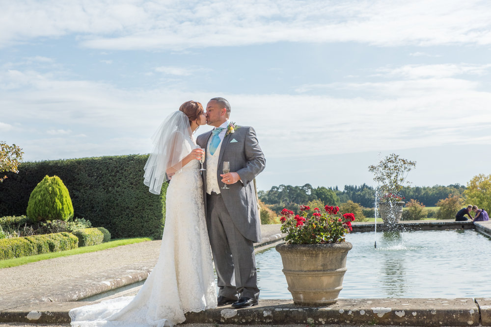 MR & Mrs Luke-289.jpg