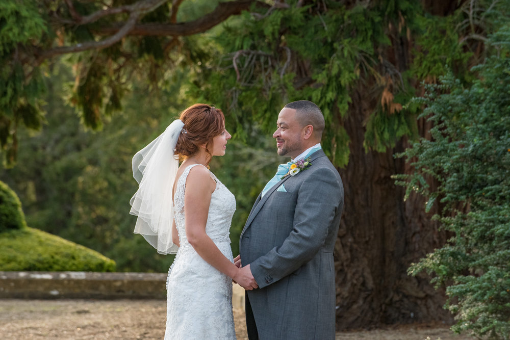 MR & Mrs Luke-423.jpg