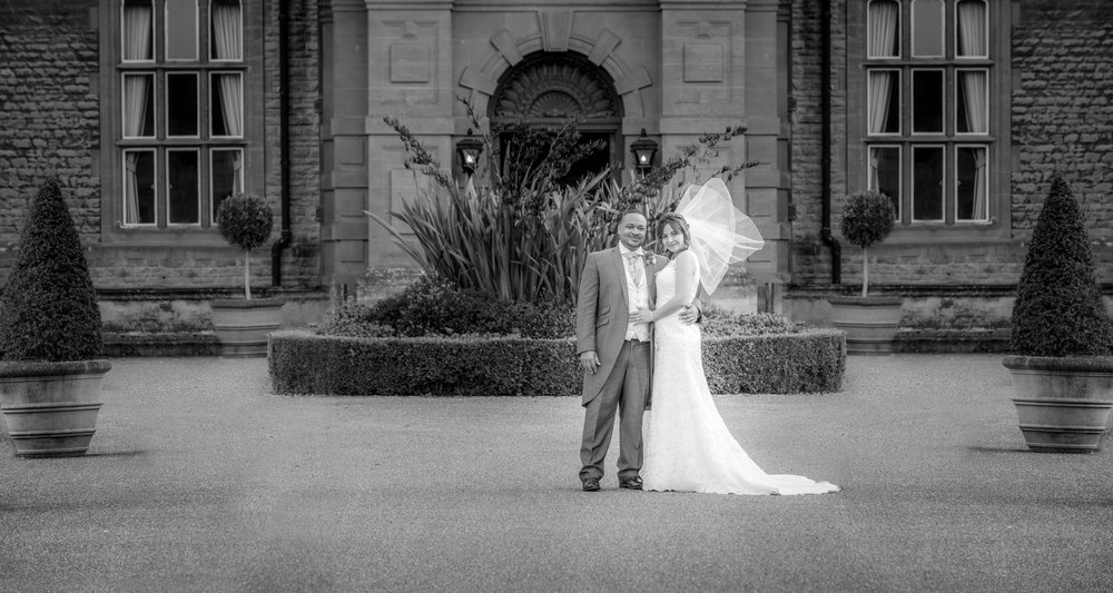 MR & Mrs Luke-454.jpg