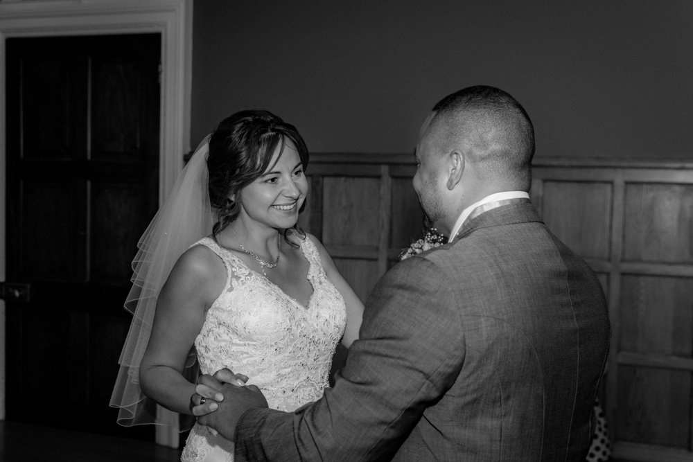 MR & Mrs Luke-489.jpg