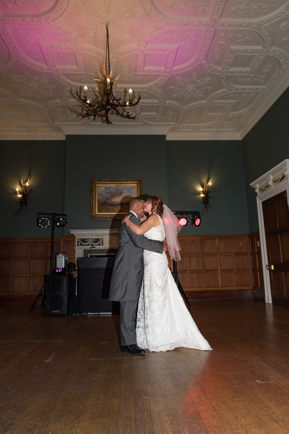 MR & Mrs Luke-494.jpg