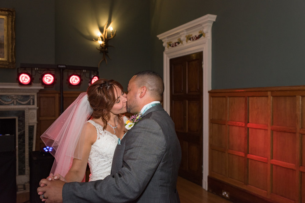 MR & Mrs Luke-502.jpg