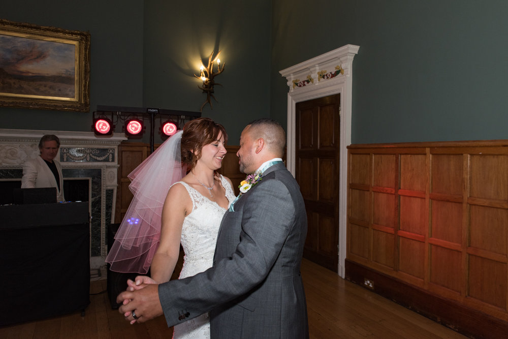 MR & Mrs Luke-504.jpg