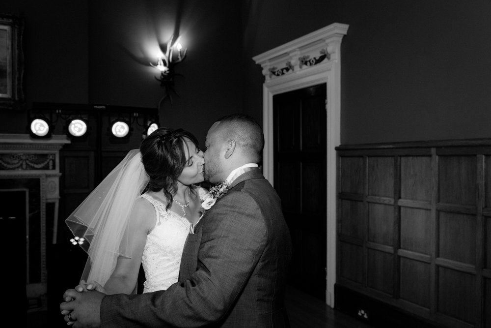 MR & Mrs Luke-503.jpg