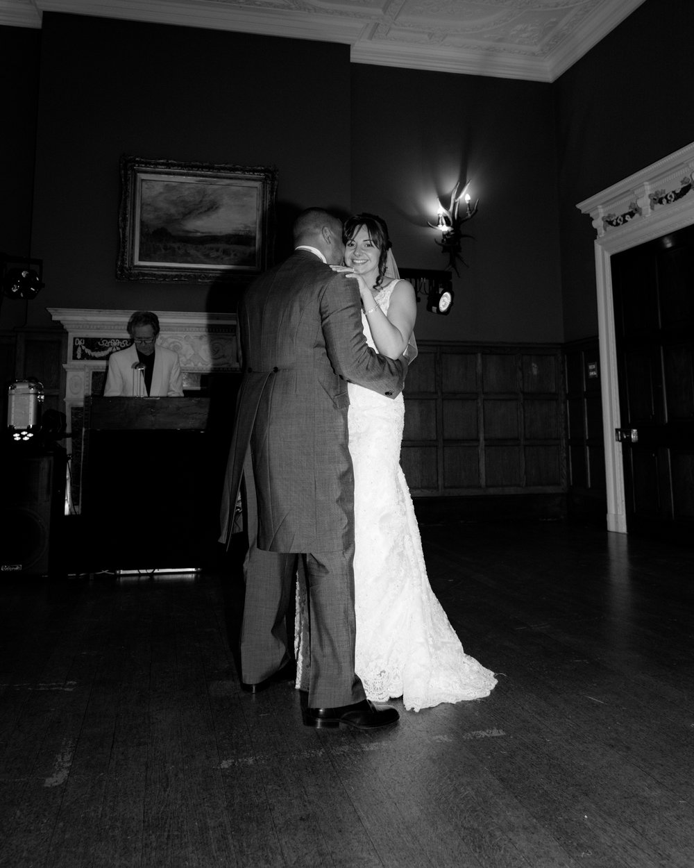 MR & Mrs Luke-506.jpg