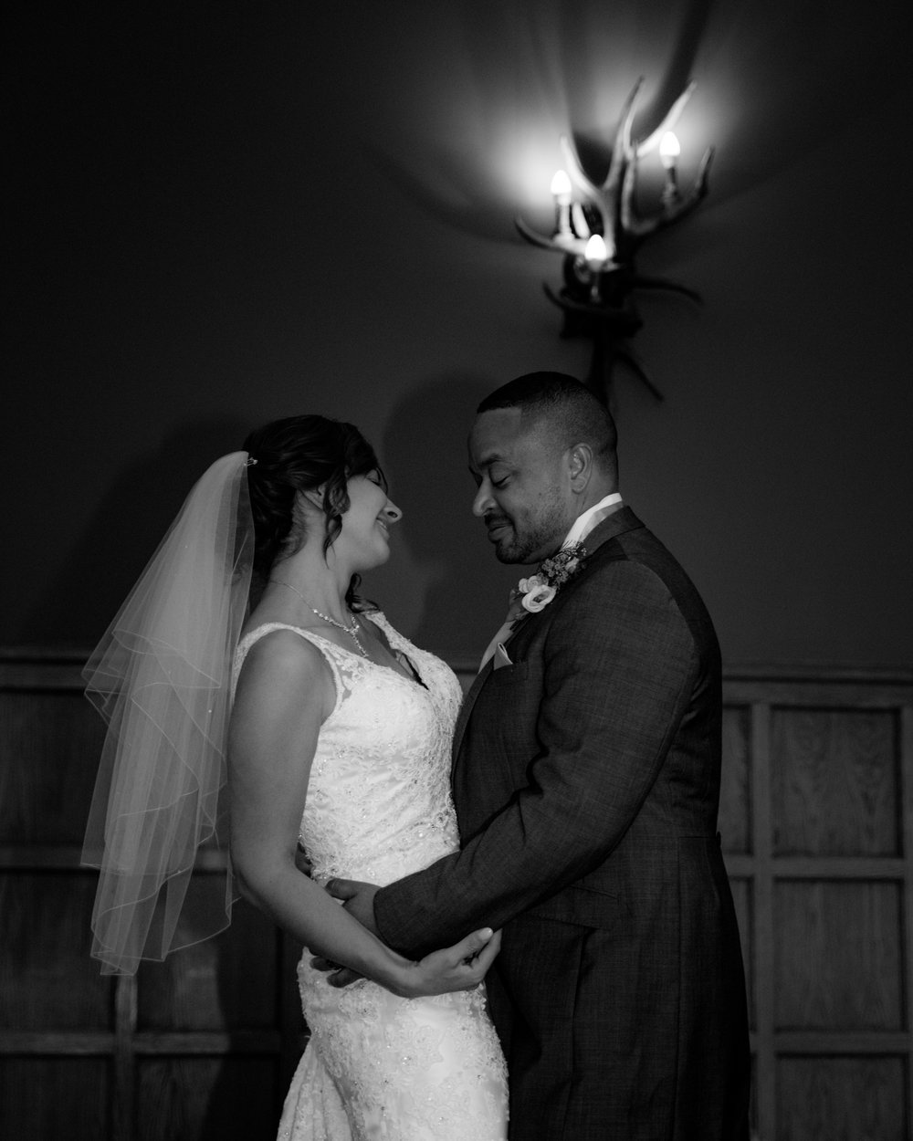 MR & Mrs Luke-510.jpg