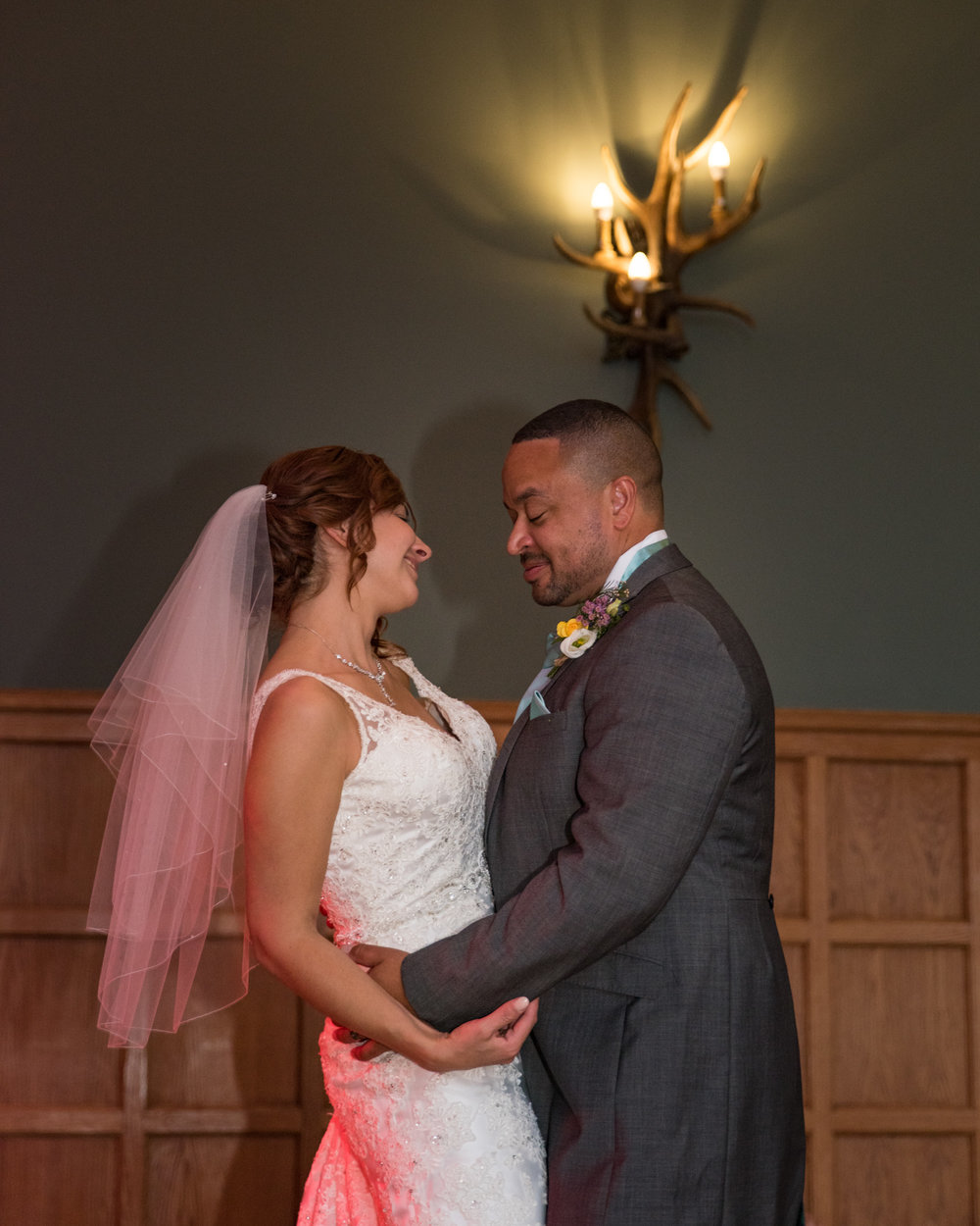 MR & Mrs Luke-509.jpg