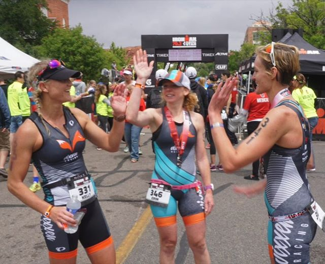 There are high fives on the course because someone is in the same kit as you and then there are high fives at the finish because you all just crushed it as a team! #youchoose #differentkindofteam #whosin 📸by @kwithrow3x . . . . . #phxtri #Ironmantri @ironmantri #70point3 #140point6 #Ironman #ironmantraining #committtotri #bocogear #girls #endureandenjoy #fitness #fit #RunShots #TheTriLife  #Imstg703 #instarunner  #womenwhotri  #ekendurance  #BeAVixxen #run #runner #running #Boulder #endureandenjoy #racewithbase