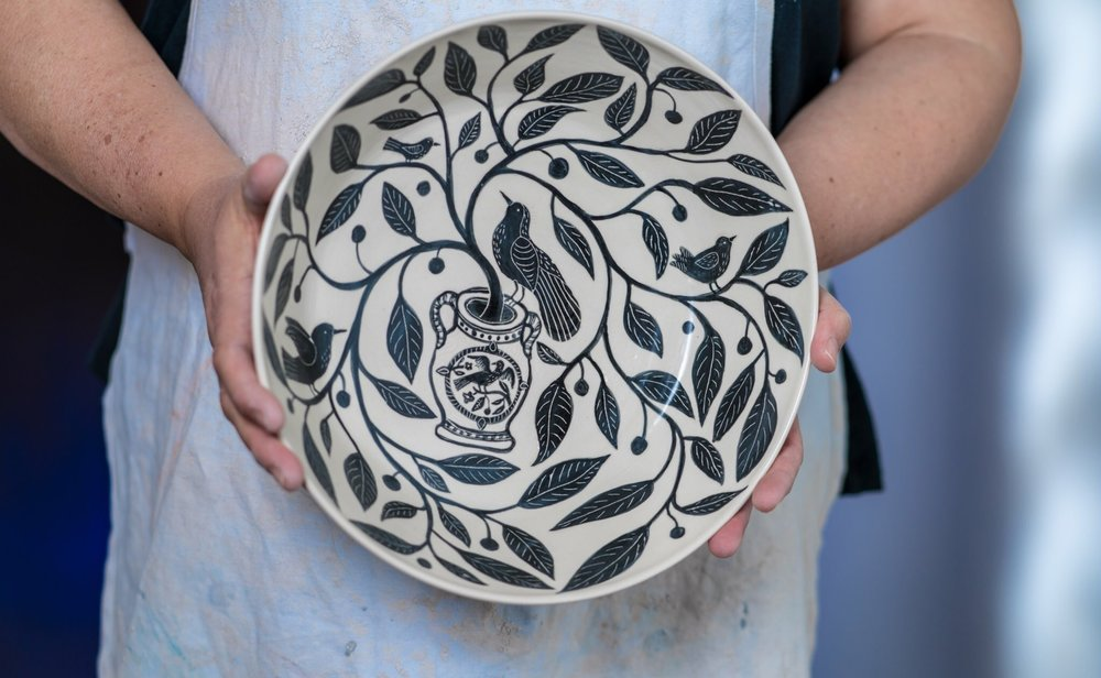 Large wheel thrown bowl, underglaze and sgraffito. Photo: Sylvia Stagg-Giuliano