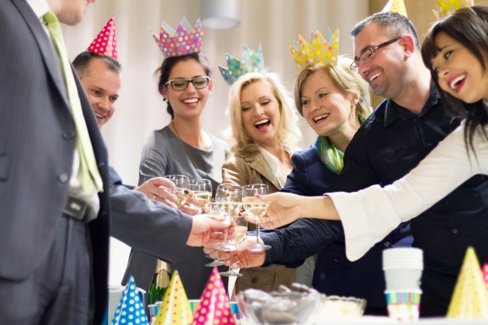 5 Perfect Themes For Dads 60th Birthday Party