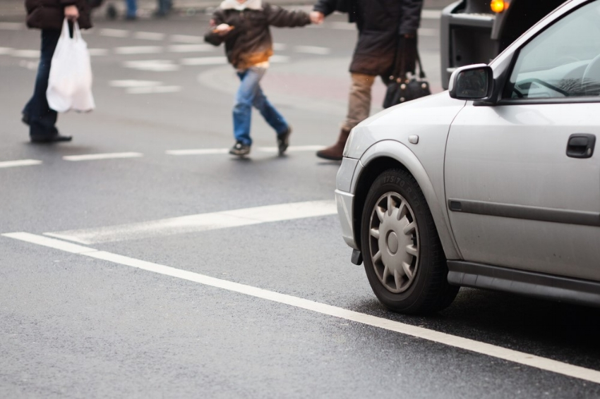 car pedestrians