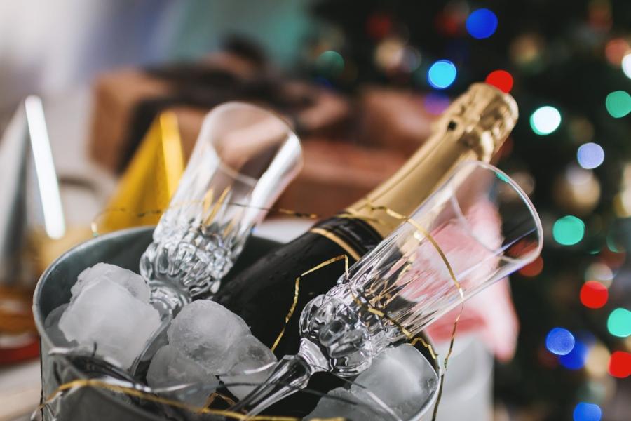 champagne 2  pexels-photo-834896.jpeg