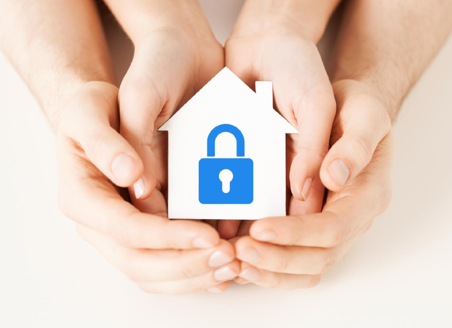 safe-home.jpg Prepare Your House For The Holiday Vacations - Security Tips for Your Home