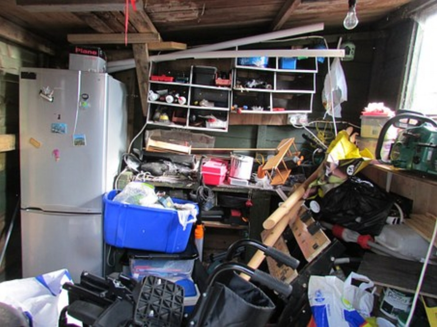 chaos-How To Take Back Control Of Your Life By Decluttering