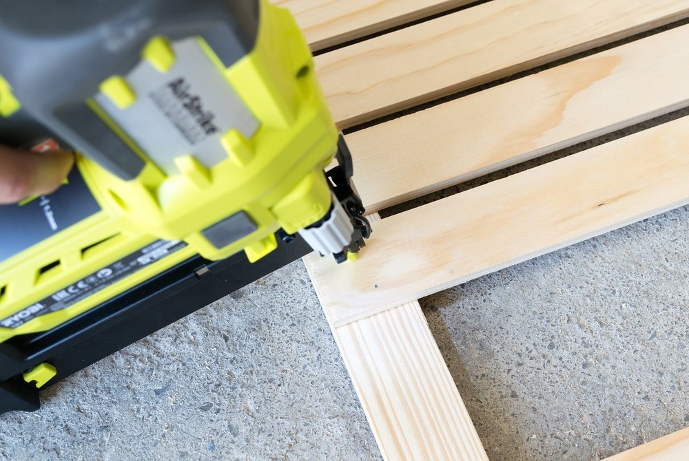 nail gun.jpgTypes Of Nail Guns For Woodworking - All You Need To Know