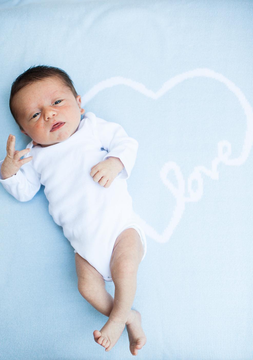 Newborn-Miles Headshots-Ava-74.jpg