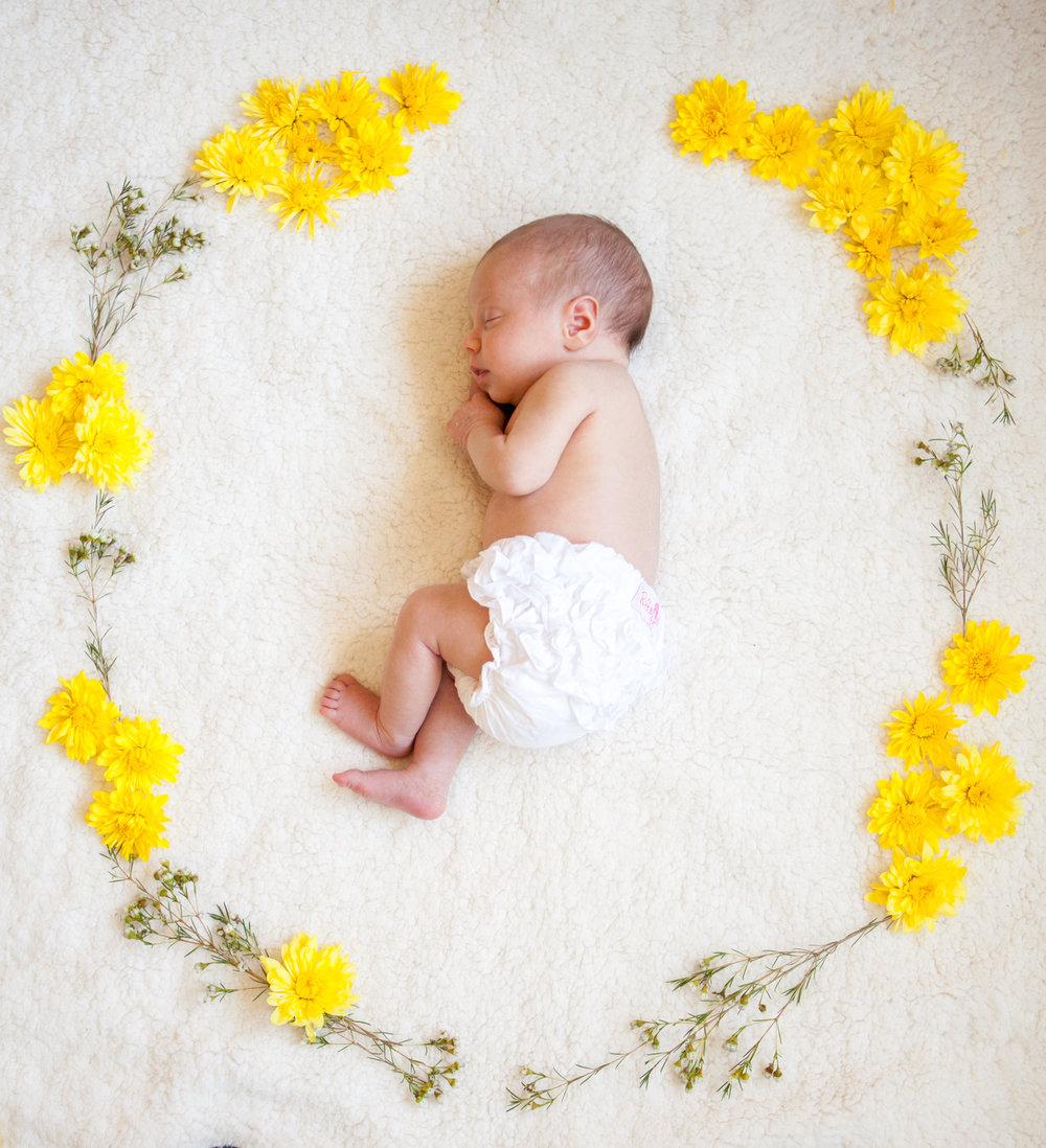 Newborn-Elise-120.jpg