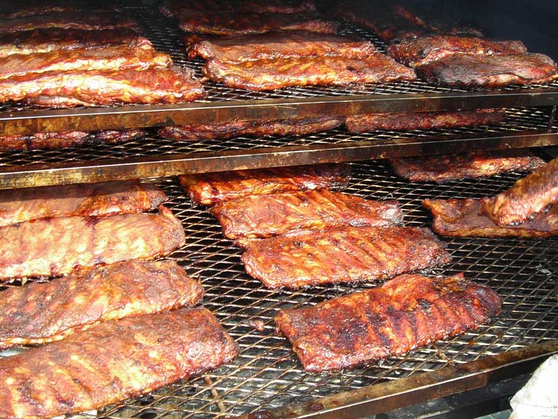 bbq-ribs-smoking.jpg