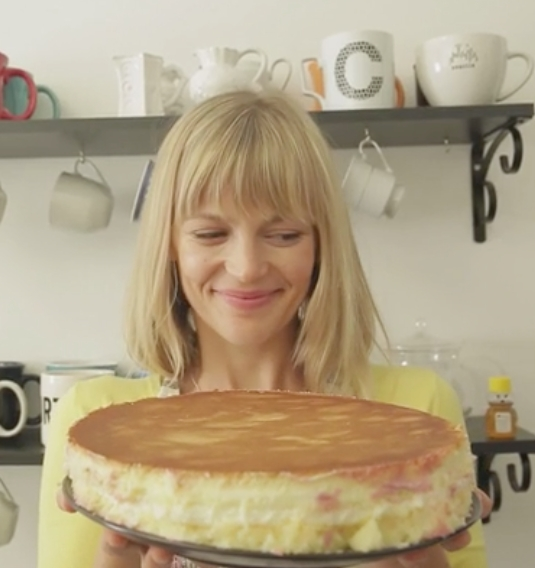 The Cake,  dir. by Ana Carolina Brandao