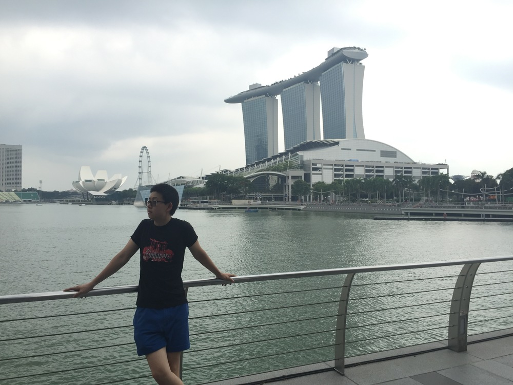 Dustin Zhao '19 chills by Marina Bay