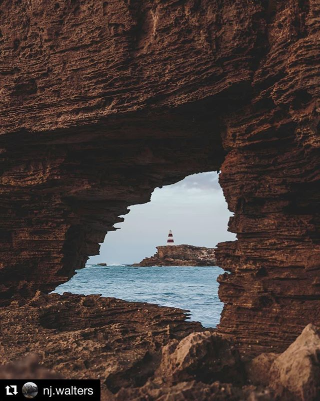 Natural frame.... Wow! 🙌🏻 #Repost @nj.walters ・・・ ⠀⠀⠀⠀⠀⠀⠀⠀ Robe, South Australia - well worth a look 👌🏼