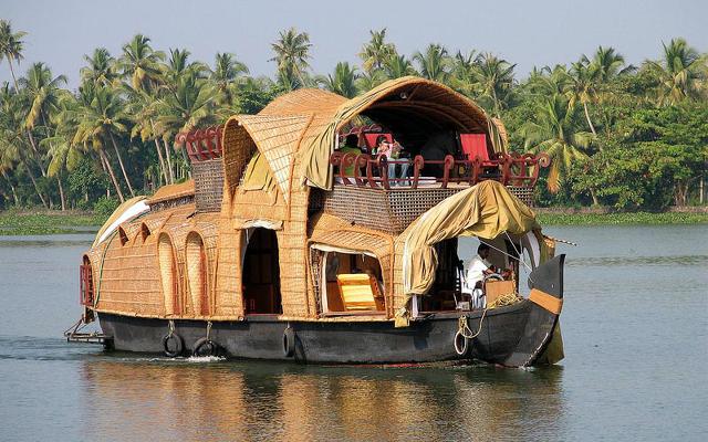 house boat kerala