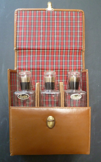 Tartan cocktail travel kit.png