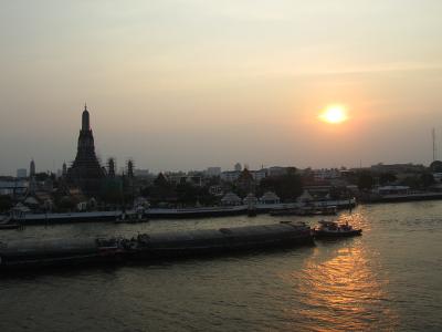 Bangkok sunset Wat Arun