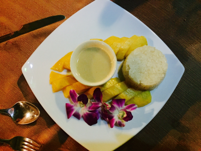 Mango and sticky rice (you don't have to eat the flowers, but they're not bad:-)