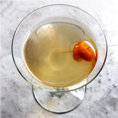 corpse reviver #2 gin cocktail
