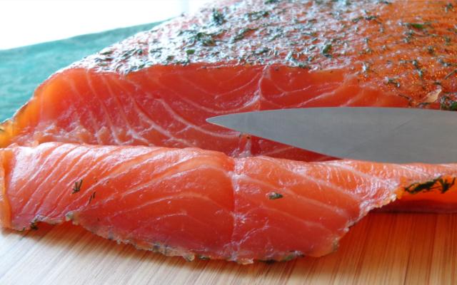 salmon gravlax curing gin