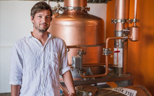 meet the main behind tarquin's gin