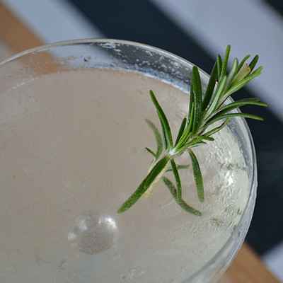 english martini cocktail gin drink