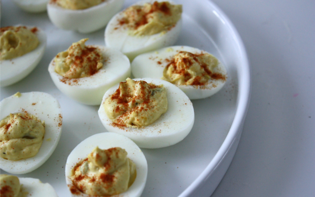 oeuf egg canape with chilli spice