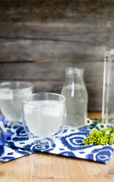 Lemongrass and  ginger gin fizz