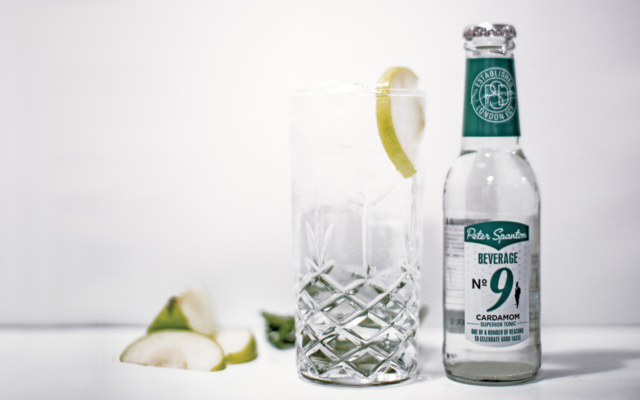 High definition gin and tonic with peter spanton no.9 tonic water