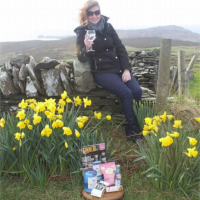 Ginstagram runner up in march with gin and tonic in fields with daffodils