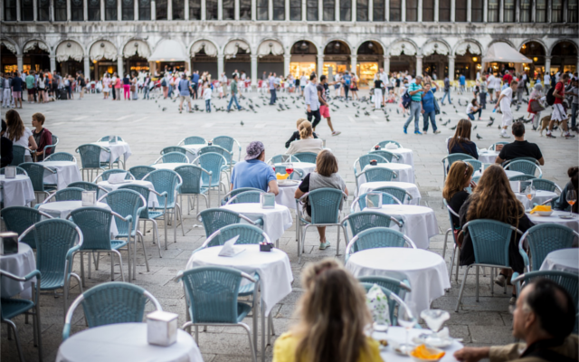 Milan Square coffe culture al fresco setting in Italy