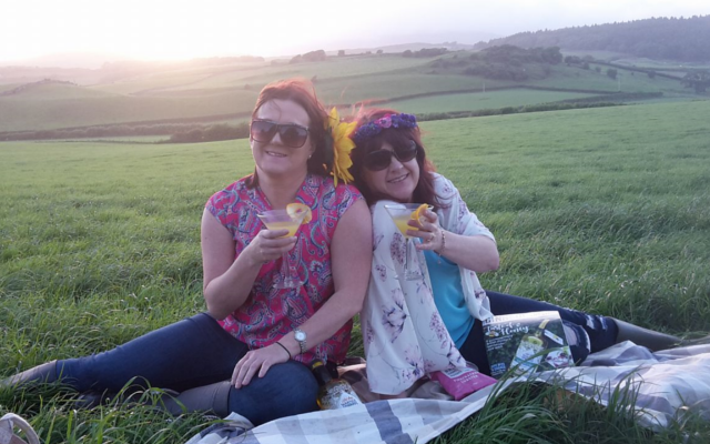 gin ginstagram photo competition picnic