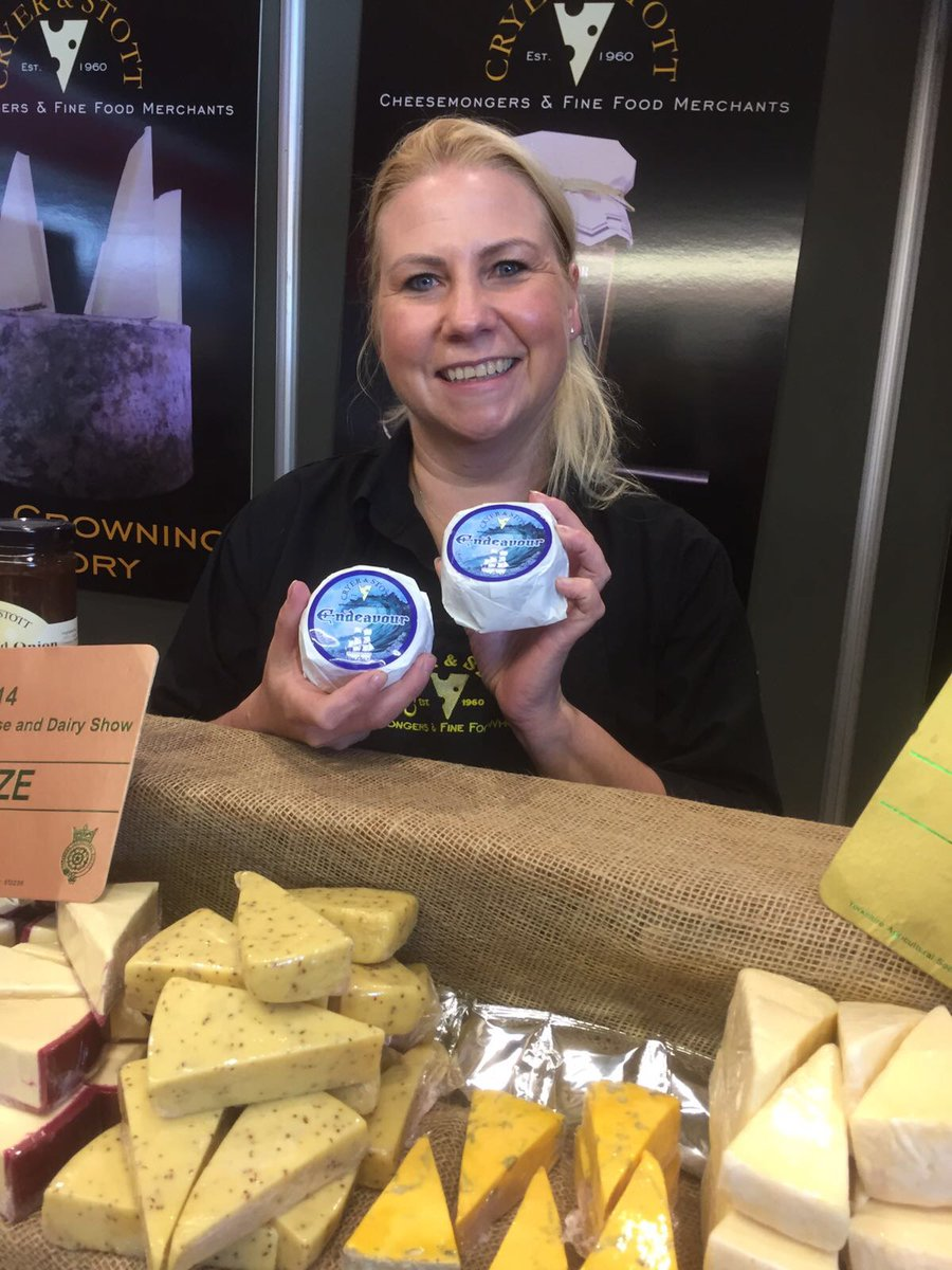 Cryer and Stott cheesemongers endeavour gin washed cheese showcase