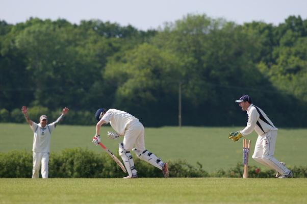 England Cricket Match scoring innings